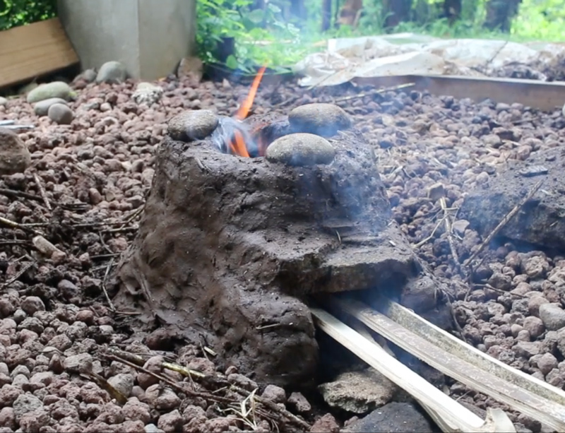 Build a cob rocket stove - plans for DIY rocket stores & cooking outdoors.