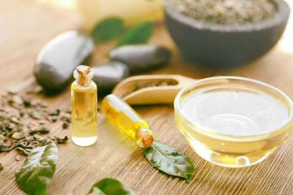 Natural antibiotic alternative tea tree oil
